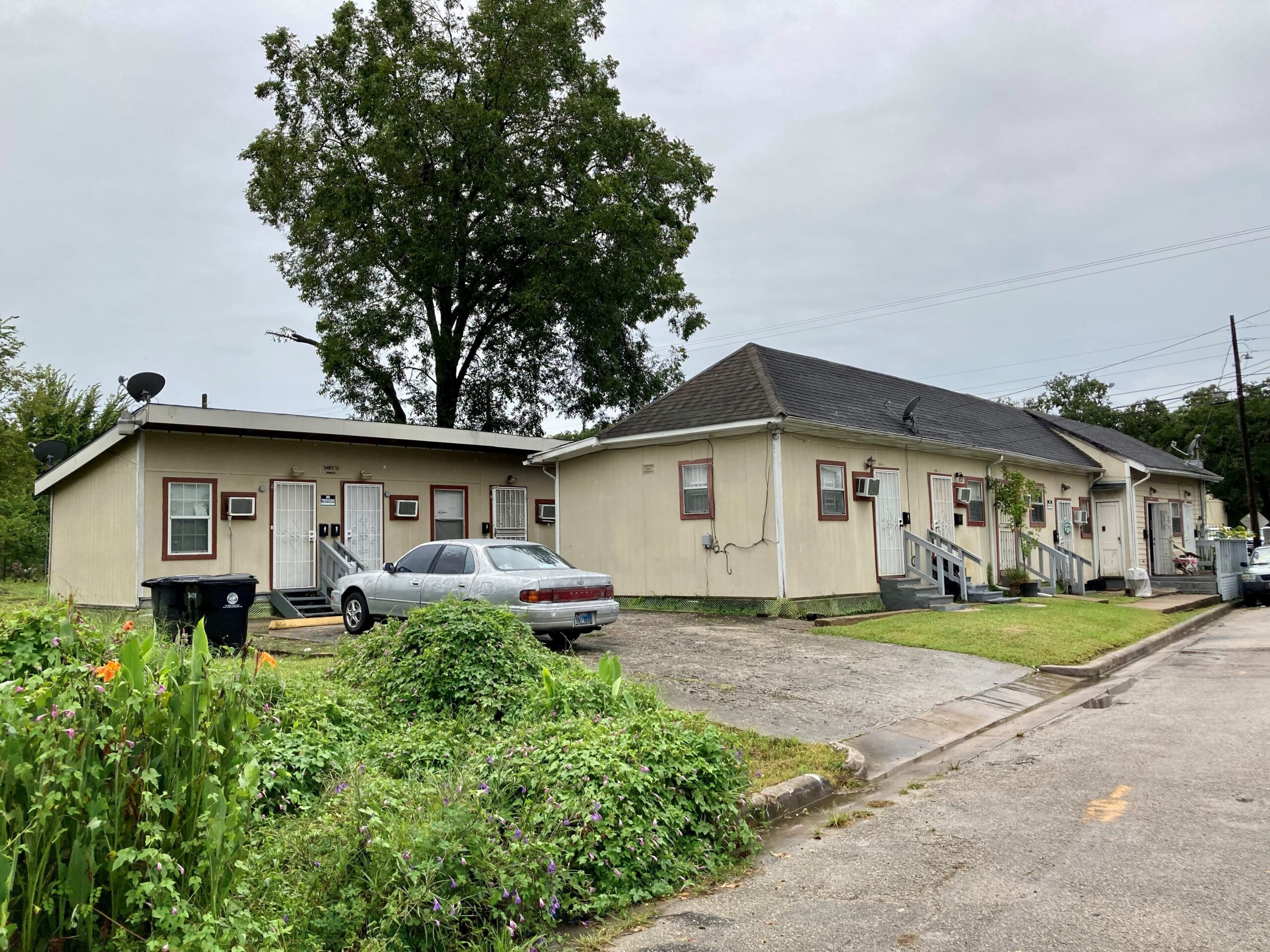 3401 Ennis St (Under Contract)